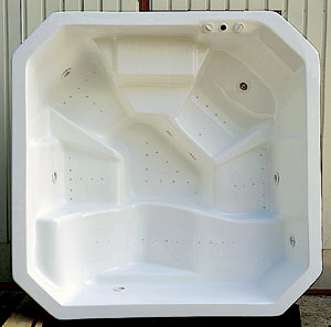 бассейн - дно сложной конфигурации