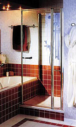 Душевая кабина пристроена к ванной